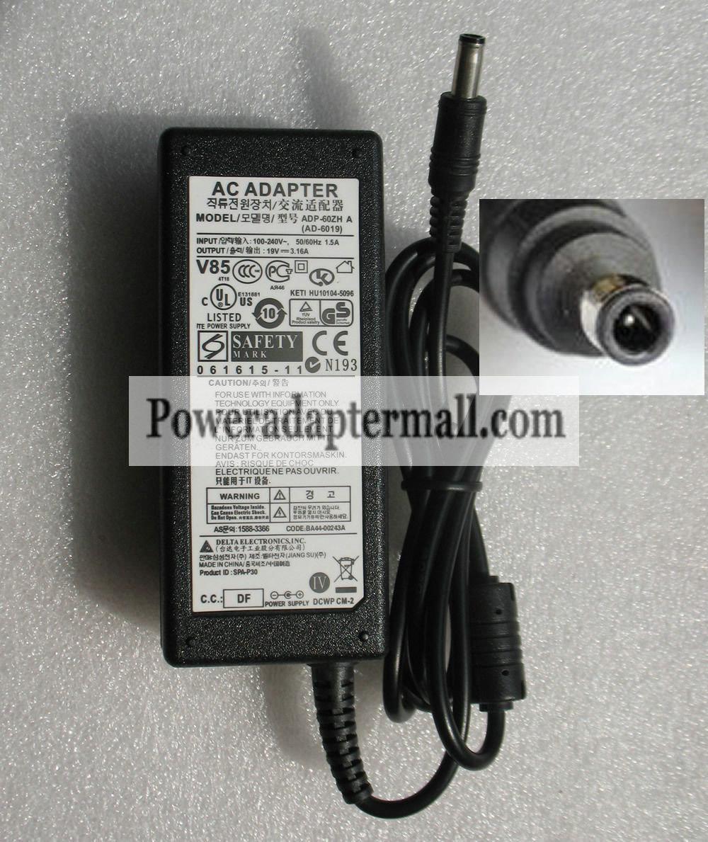 Genuine 19V 3.16A SAMSUNG P428 NP-P428 NT-P428 60W AC Adapter